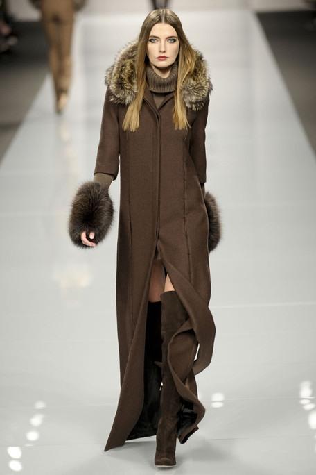Мода на ботфорты. Фото: abnovki.ru