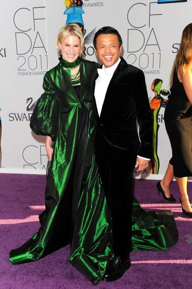 Фоторепортаж. Звезды на церемонии вручения  CFDA Fashion Awards 2011. Фото: Andrew H. Walker/Getty Images Entertainment
