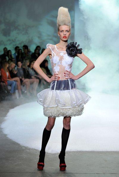 Гольфы – модный осенний тренд. Фото: Getty Images