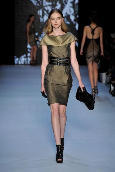 Фоторепортаж. Коллекция Sally Koeswanto на Австралийской неделе моды весна-лето 2011/12. Фото: Stefan Gosatti/Getty Images Entertainment