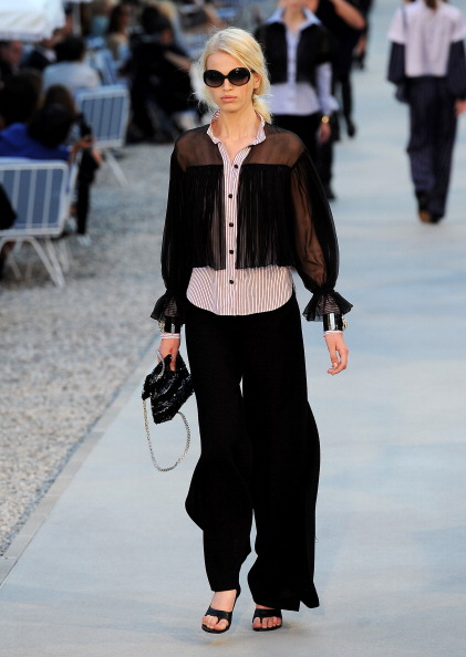 Фоторепортаж. Показ круизной коллекции Chanel. Фото: Dominique Charriau/Getty Images Entertainment