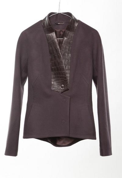 Модная верхняя одежда российского бренда MARINA DE GOLLE. Фото предоставлено Эллиной Тропко