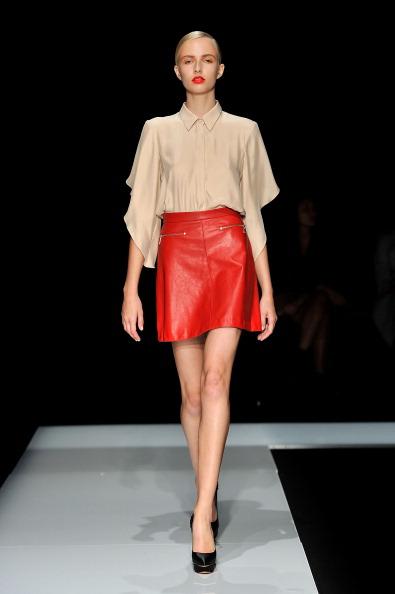 Фоторепортаж. Коллекция бренда Lover на Австралийской неделе моды 2011/12. Фото: Stefan Gosatti/Getty Images Entertainment