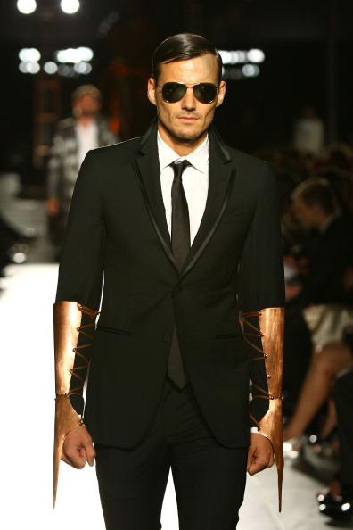 Фоторепортаж. Показ мод в рамках 2-го ежегодного благотворительного вечера amfAR Inspiration Gala. Фото: Neilson Barnard/Getty Images Entertainment