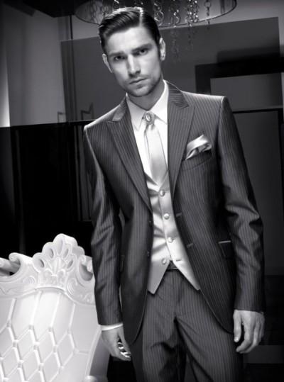 Мужские свадебные костюмы Carlo Pignatelli осень-зима 2011-2012. Фото: fashionwalk.ru