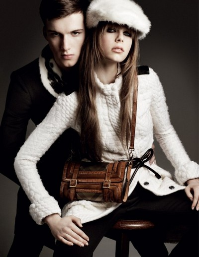 Новая рекламная кампания Burberry осень-зима 2011-2012. Фото: fashionwalk.ru