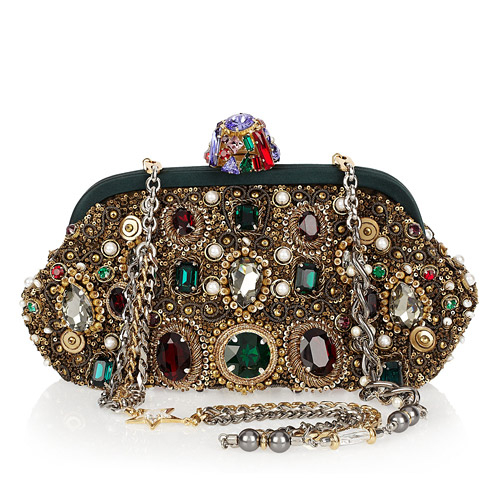 Нарядные клатчи из коллекции Dolce & Gabbana осень-зима 2011/12. Фото: trend.kg