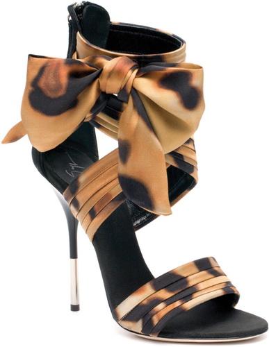 Фоторепортаж. Обувь марки Giuseppe Zanotti Desig. Фото предоставлено 4shopping.ru