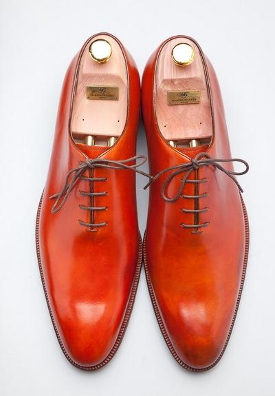 Эксклюзивная одежда и обувь MARINA DE GOLLE. Фото предоставленно Эллиной Тропко