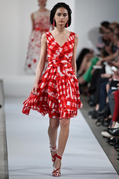 Летние платья из модных показов