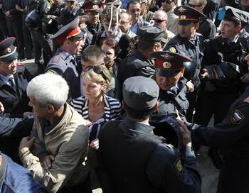 Акция протеста в Астрахани. Фото РИА Новости