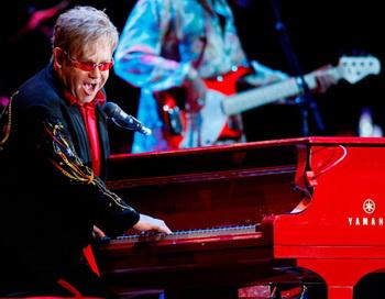 Британский певец Элтон Джон. Фото РИА Новости