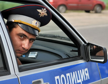 Сотрудник ГИБДД. Фото РИА Новости