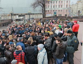 Акция в поддержку участников голодовки в Астрахани. Фото РИА Новости