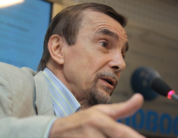 Лев Пономарев. Фото РИА Новости
