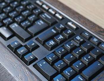 Компьютерная клавиатура. Фото из архива РИА Новости
