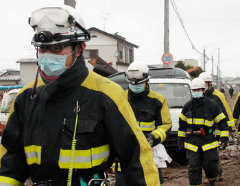 Последствия землетрясения и цунами в Японии. Фото РИА Новости
