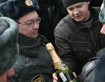 Акция протеста против полицейского произвола в Казани. Фото РИА Новости