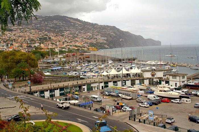 Морской порт в Фуншале. Мадейра. Фото: Сима Петрова/Великая Эпоха (The Epoch Times)