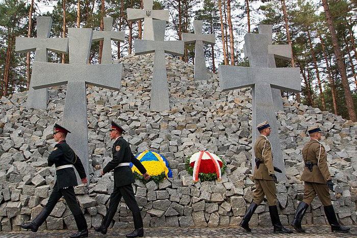 Церемония в память о тысячах польских офицеров, убитых в 1940 году. 21 сентября 2012 года. Фото: Инна Соколовская/AFP/GettyImages