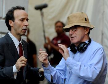 Кинорежиссер Вуди Аллен на сьемочной площадке в Риме 8 августа 2011 года. Фото: TIZIANA F TIZIANA FABI/AFP/Getty Images