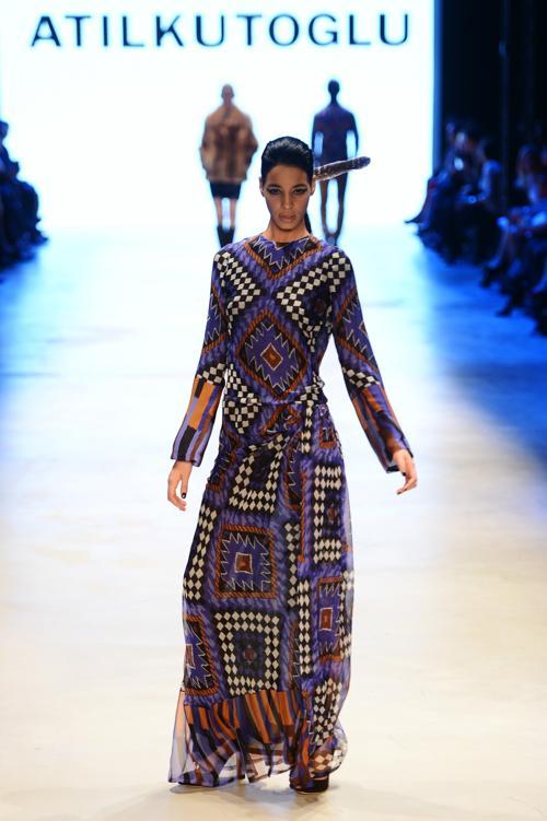 Коллекция At1l Kutolu на неделе моды от Mercedes Benz в Стамбуле 12 марта 2013 года. Фото: Andreas Rentz/Getty Images