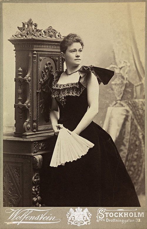 Ева Нансен (1858-1907) в концертном платье, ок. 1980 г. Фото: Wolfenstein/National Library of Norway
