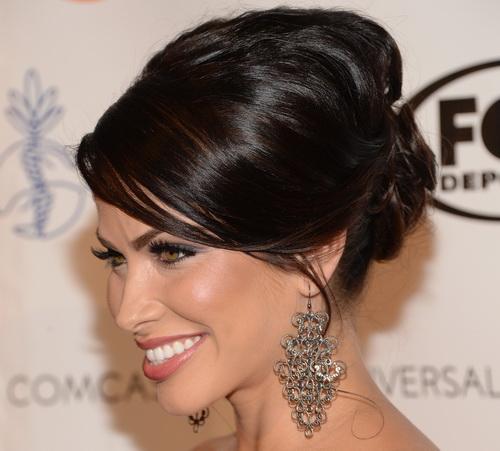 Вчера, 16 августа, Латиноамериканские звёзды кино и телевидения продемонстрировали стильные причёски и укладки на 28-й церемонии вручения ежегодной премии «Образ» (28th Annual Imagen Awards) в Беверли Хиллз, Калифорния. Фото: Jason Kempin/Getty Images