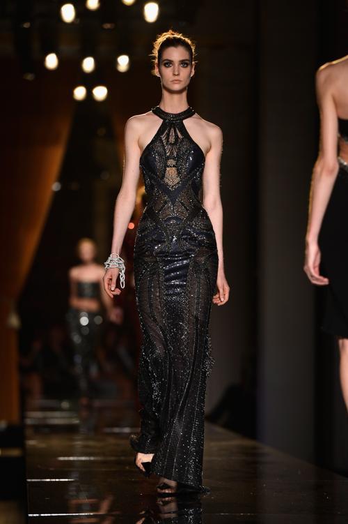 Показ Versace открыл Неделю высокой моды в Париже 1 июля 2013 года. Фото: Pascal Le Segretain/Getty Images