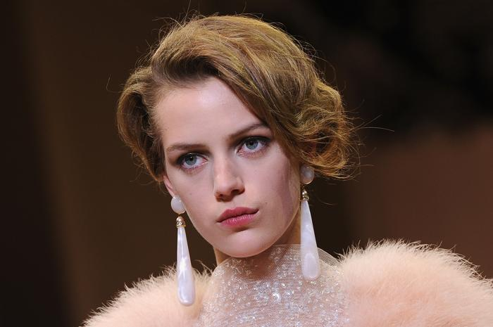 Показ Giorgio Armani осень-зима 2013/2014 прошёл на Неделе высокой моды в Париже. Фото: Pascal Le Segretain/Getty Images