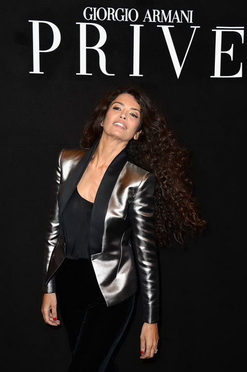 Мирослава Дума посетила показ Giorgio Armani осень-зима 2013/2014 прошёл на Неделе высокой моды в Париже. Фото: Pascal Le Segretain/Getty Images