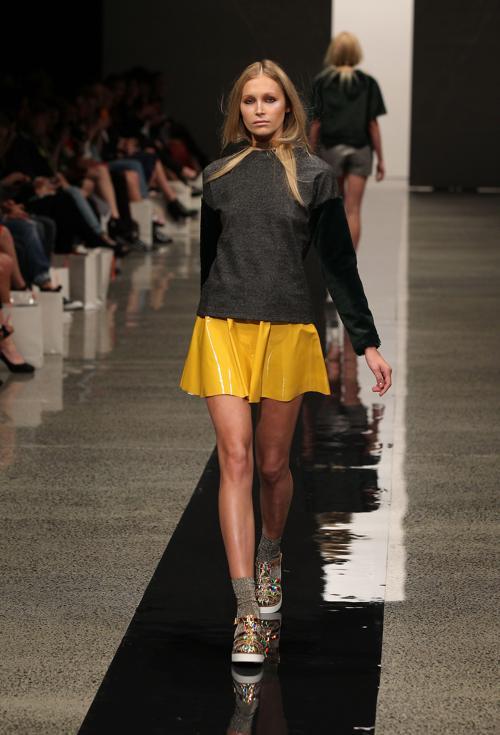 Известный дизайнер Новой Зеландии Трелис Купер представила новую коллекцию бренда COOP на неделе моды в Окленде 3 сентября 2013 года. Фото: Fiona Goodall/Getty Images