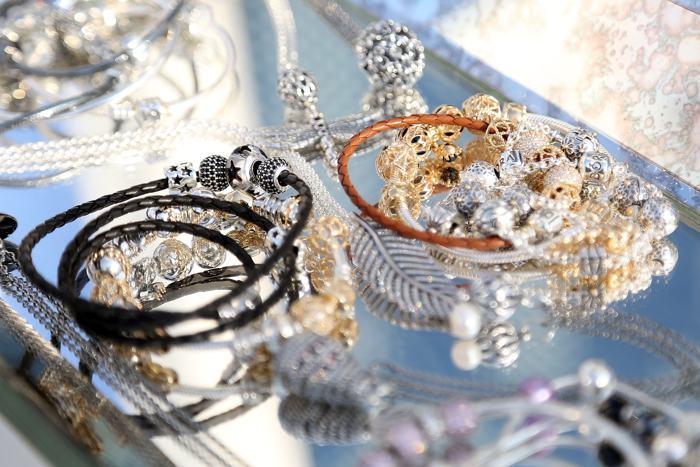 Ювелирная марка Pandora представила коллекцию украшений весеннего сезона 2014 в Нью-Йорке 4 декабря . Фото: Monica Schipper/Getty Images for Pandora