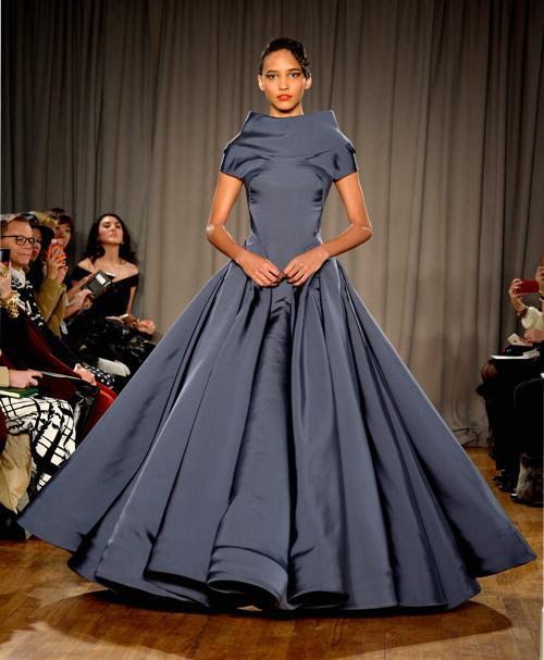 Кора Эммануэль на показе коллекции женской одежды Zac Posen в Нью-Йорке 10 февраля 2014 года. Фото: Frazer Harrison/Getty Images for Mercedes-Benz Fashion Week