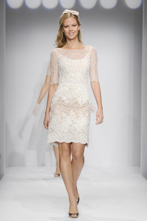 Модный американский свадебный бренд WTOO представил 12 октября 2013 года осеннюю коллекцию платьев 2014 года на Неделе свадебной моды в Нью-Йорке. Фото: Fernanda Calfat/Getty Images