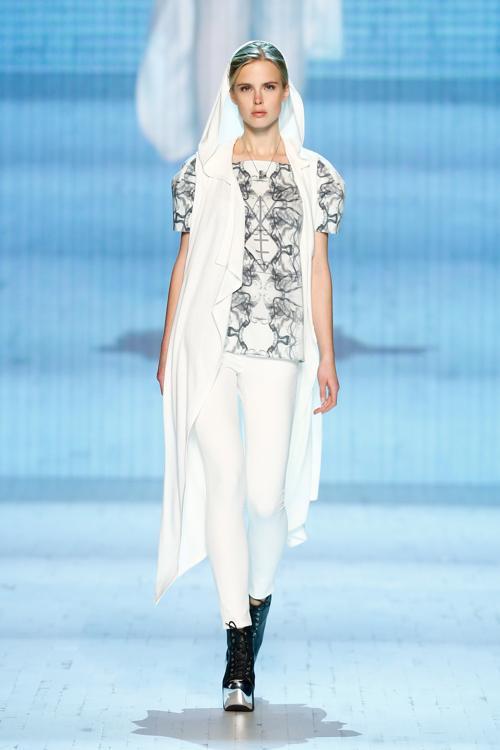 Лауреаты премии Аннабель (Annabelle) представили одежду 2014 на Неделе моды в Цюрихе (Швейцария) 14 ноября 2013 года. Фото: Andreas Rentz/Getty Images