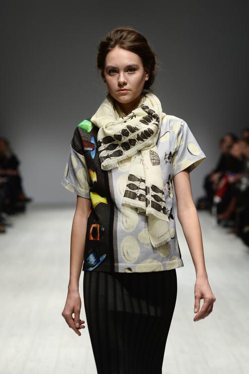 Два молодых дизайнера марки Vonschwanenfluegelpupke представили яркую женскую коллекцию 2014-2015 на Неделе моды в Берлине. Фото: Ian Gavan/Getty Images for IMG