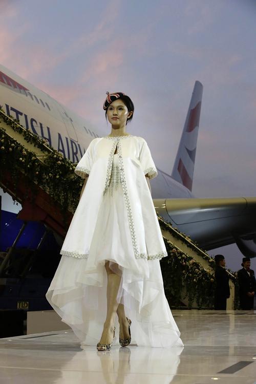 Заслуженный британский дизайнер Элис Темперли представила новую коллекцию одежды весна-лето 2014 в Гонконге 24 октября 2013 года. Фото: Jessica Hromas/Getty Images for British Airways
