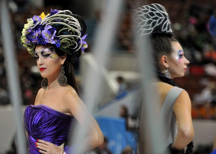 Фестиваль индустрии красоты «Невские берега» в течение 4 дней проходит в Санкт-Петербурге в СКК, 27 сентября 2013 года. Фото: OLGA MALTSEVA/AFP/Getty Images