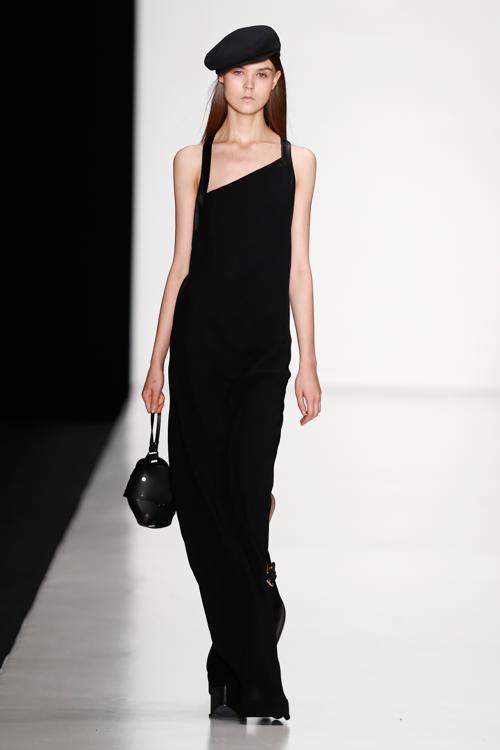 Израильская подборка коллекций одежды 2014 Tel Aviv Fashion Week Collections представлена 28 октября 2013 года в столичном выставочном зале «Манеж» в рамках российской Недели моды. Фото: Andreas Rentz/Getty Images for Mercedes-Benz Fashion Week Russia