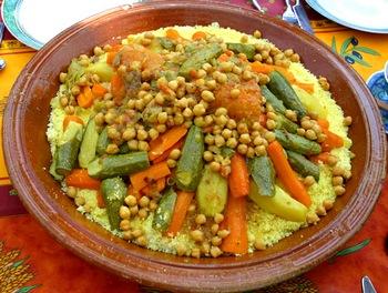 Израильское блюдо из кус-куса и рагу. Фото с 1.bp.blogspot.com