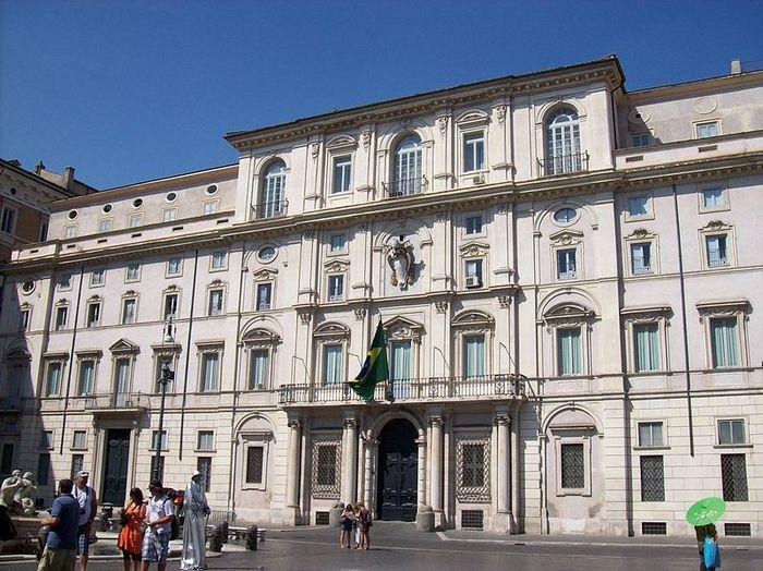 Дворец Палаццо Памфили. Фото с сайта wikimedia.org