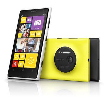 Смартфон Nokia Lumia 1020. Фото: nokia.com