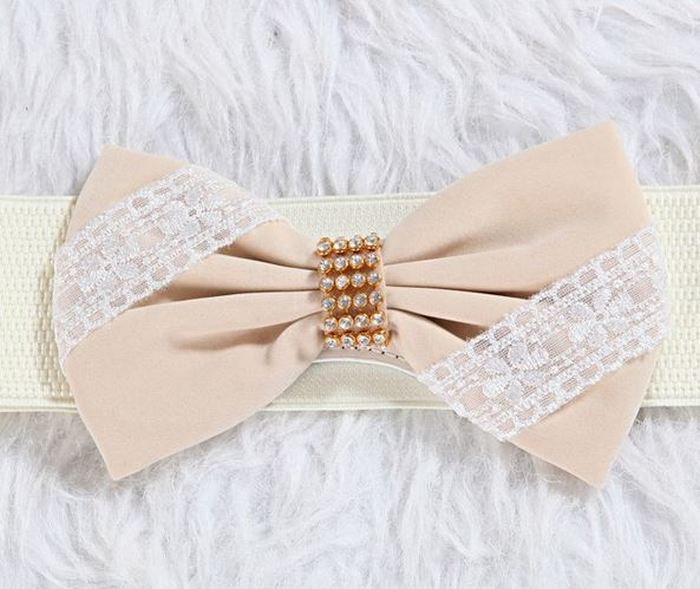 Ремень с украшением. Фото с сайта www.russia-dress.com