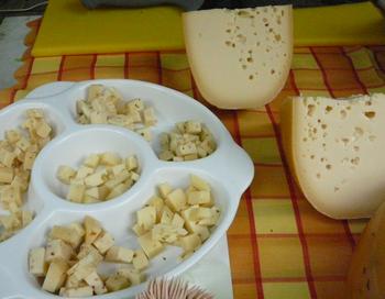 Полутвердый классический сыр. Фото: Лариса Чугунова/Великая Эпоха