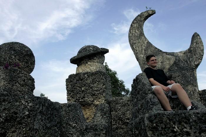 Коралловый замок, коралловый замок во Флориде, загадка Кораллового замка, тайны Кораллового замка, Эдвард Лидскалнин, Коралловый замок в США, как построен Коралловый замок, удивительные сооружения, удивительные постройки