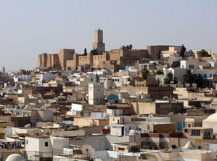 «Жемчужина побережья» Сусс — самый популярный, шумный и молодёжный курорт Туниса. Фото: BishkekRocks/commons.wikimedia.org