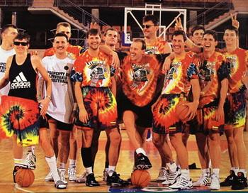 Команда литовского олимпийского баскетбольного клуба в новом документальном фильме «Другая команда мечты». Фото с сайта theepochtimes.com