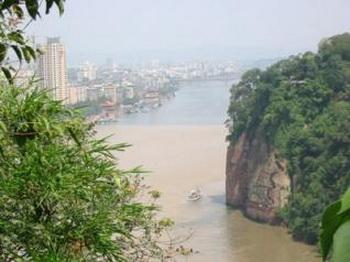 Учёные предположили новое месторасположение источников главных китайских рек. Фото: Tang Ming /Secretchina
