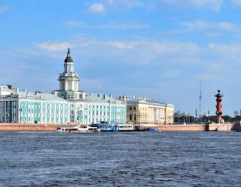Санкт-Петербург. Фото: Tatiana Savvateeva /Photos.com